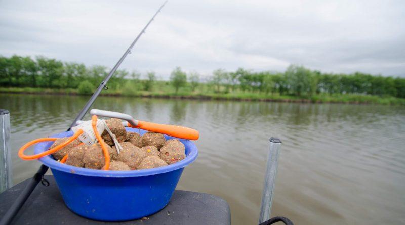 pescuit cu method feeder